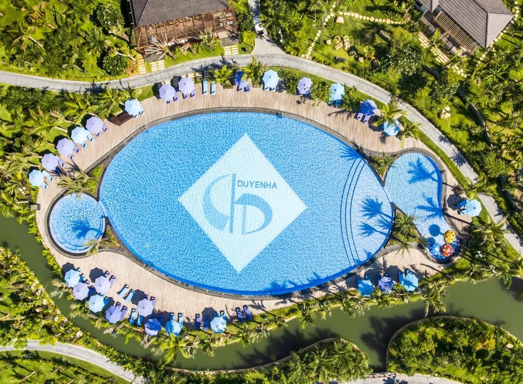 Duyên Hà Resort