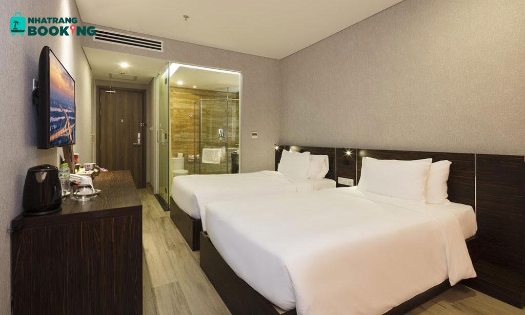 Emerald Bay hotel Nha Trang