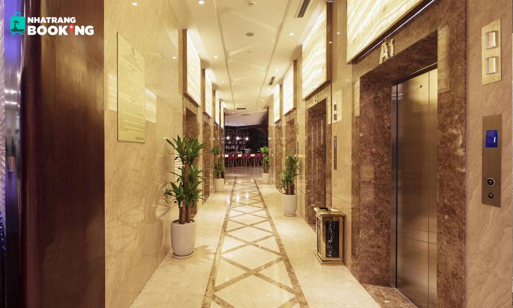 Khách sạn Regalia Gold Nha Trang