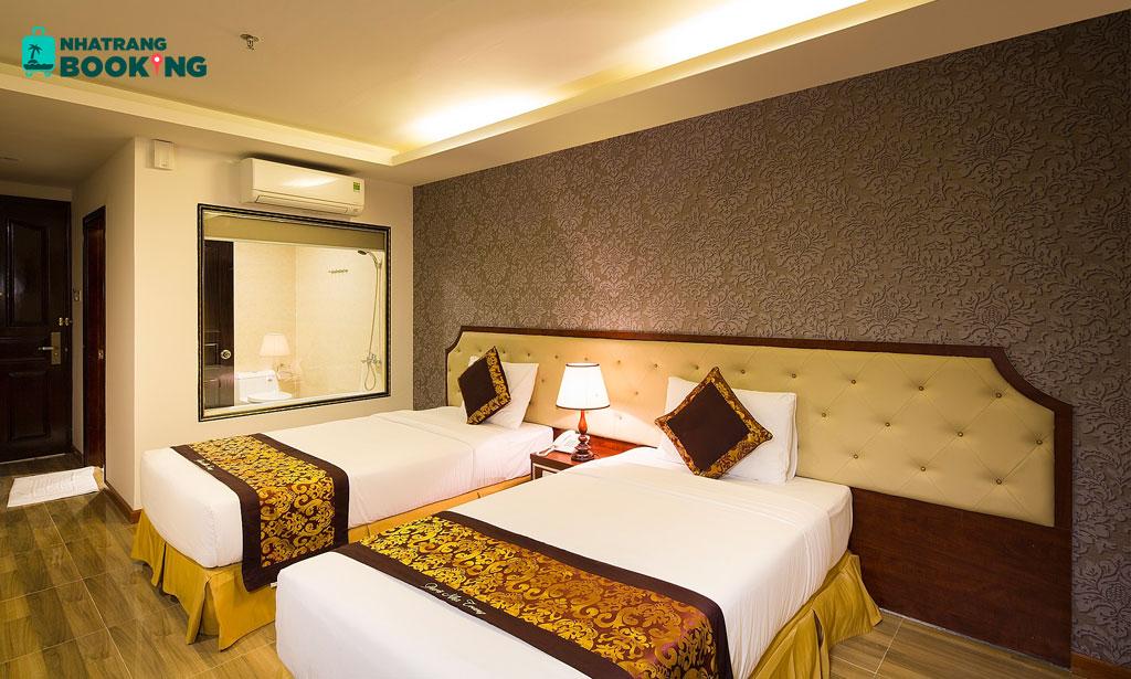 Khách sạn Paris Nha Trang