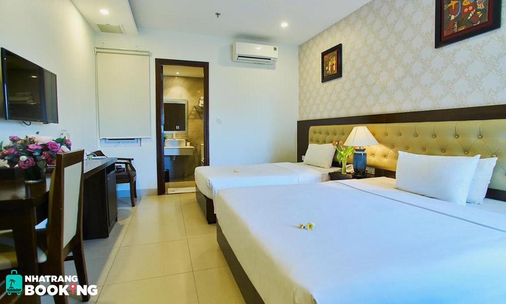 Khách sạn Boss