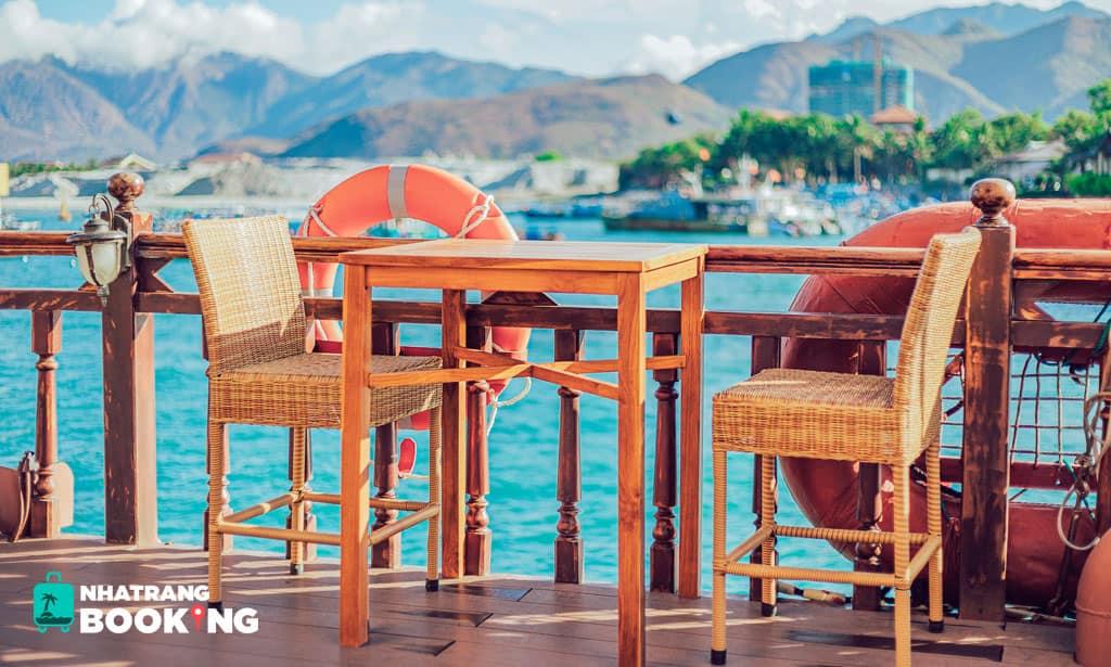 Tour Du Thuyền Emperor Cruises Nha Trang